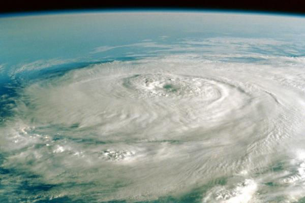 1402_ChangingWeather_HurricaneSandy_web